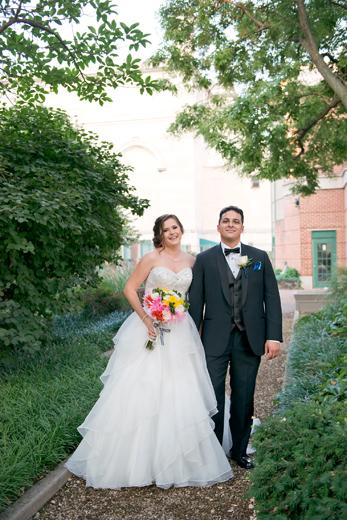 Romantic and Elegant Baltimore Wedding | Paula & Octavio are married!