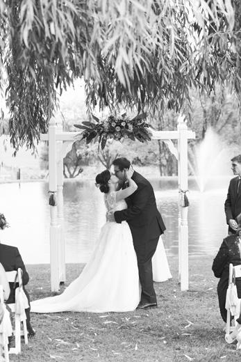 040-484-KTJ_Wedding-5615b