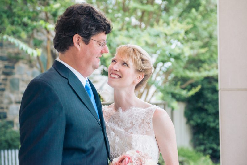 Jim & Leslie's Blue & Blush Summer Wedding