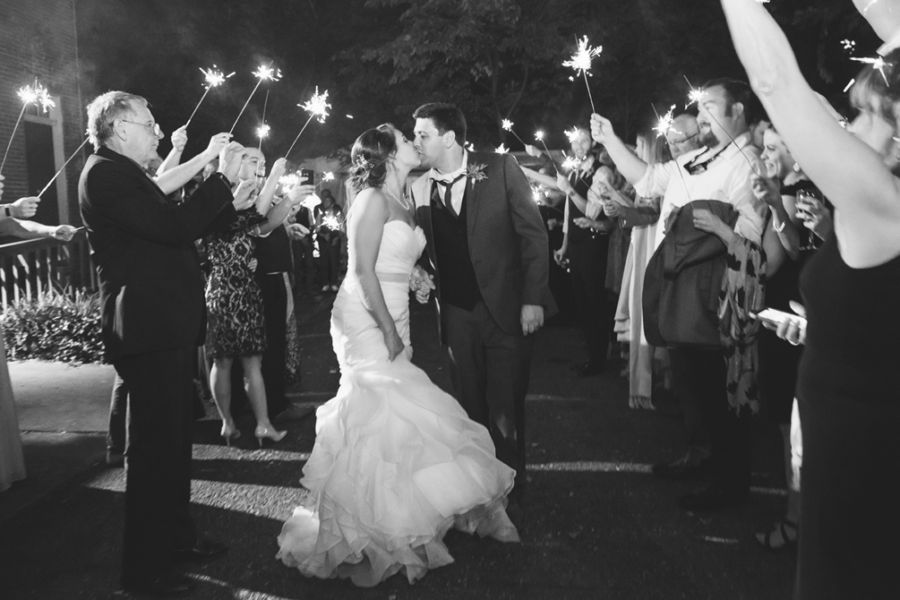 160-1081-jse-wedding-baltimore-6455b