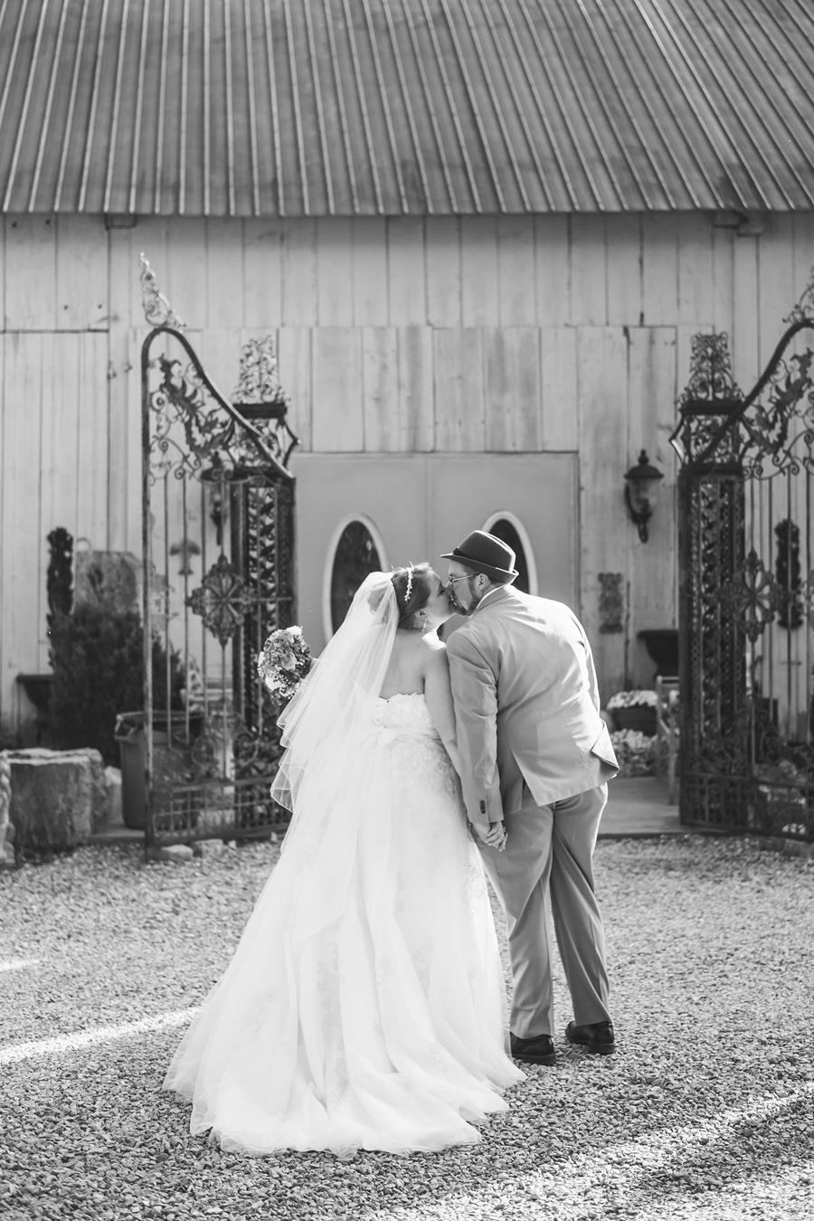 106-0556-kmb_wedding-1547b